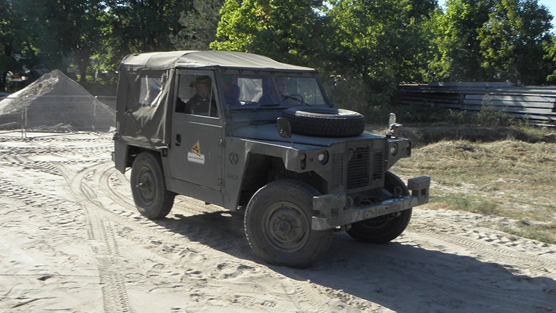 Przejażdżki Militarnymi Pojazdami